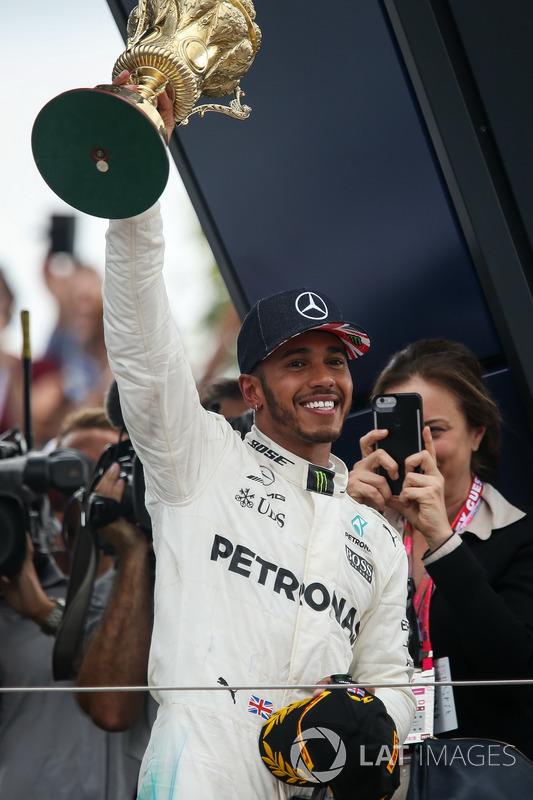 Lewis Hamilton, Mercedes AMG F1 celebra en podio