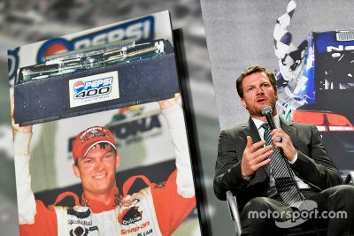 Dale Earnhardt Jr. emeklilik açıklaması