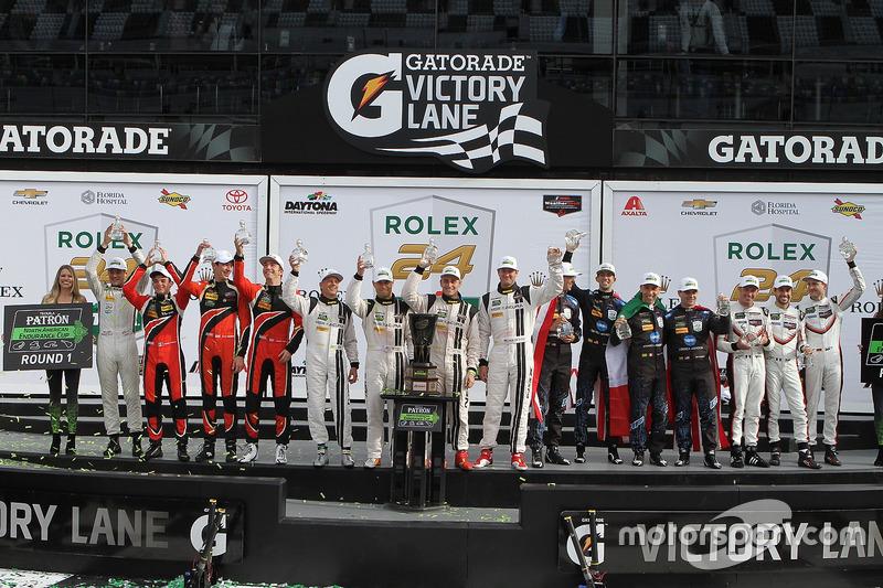 Patron Endurance winnaars: James French, Kyle Mason, Patricio O'Ward, Nicholas Boulle, Performance T