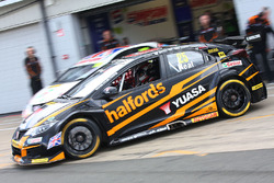 Matt Neal, Halfords Yuasa Racing Honda Civic Type R
