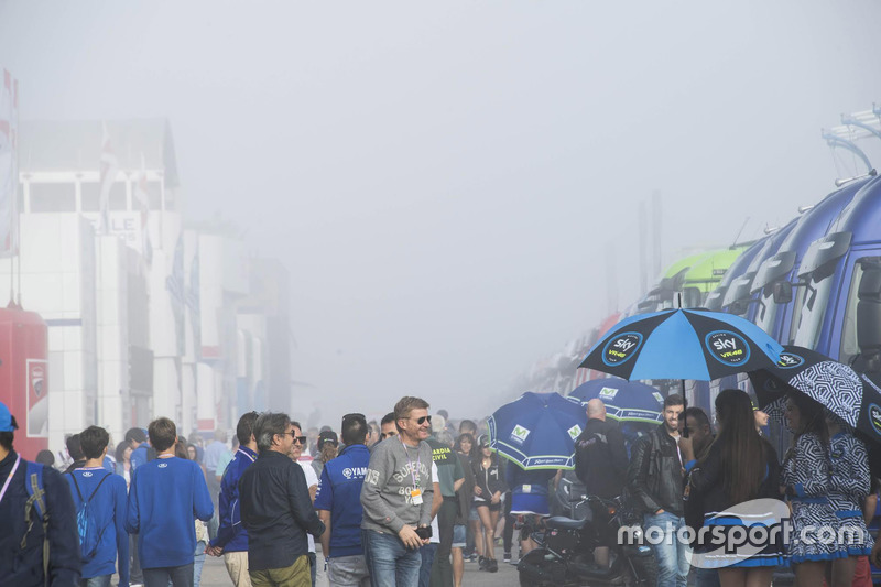 Aragon paddock covered in fog