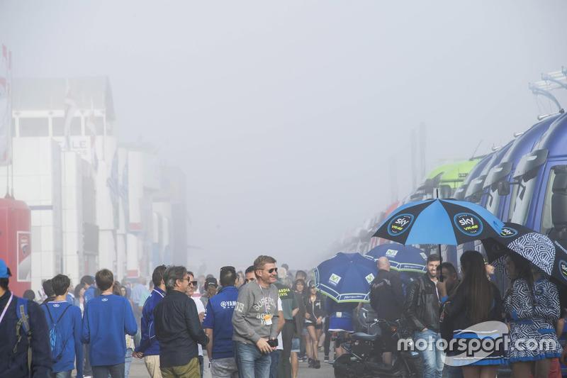 Aragon paddock covered in fog