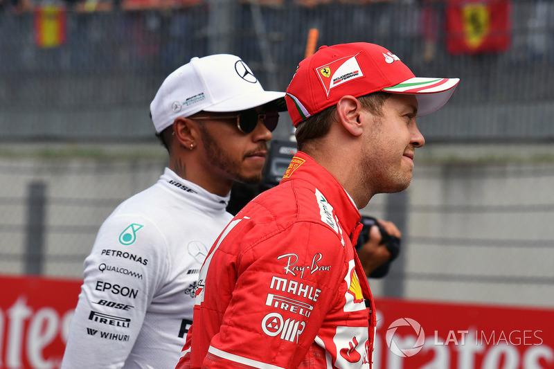 Льюис Хэмилтон, Mercedes AMG F1, и Себастьян Феттель, Ferrari