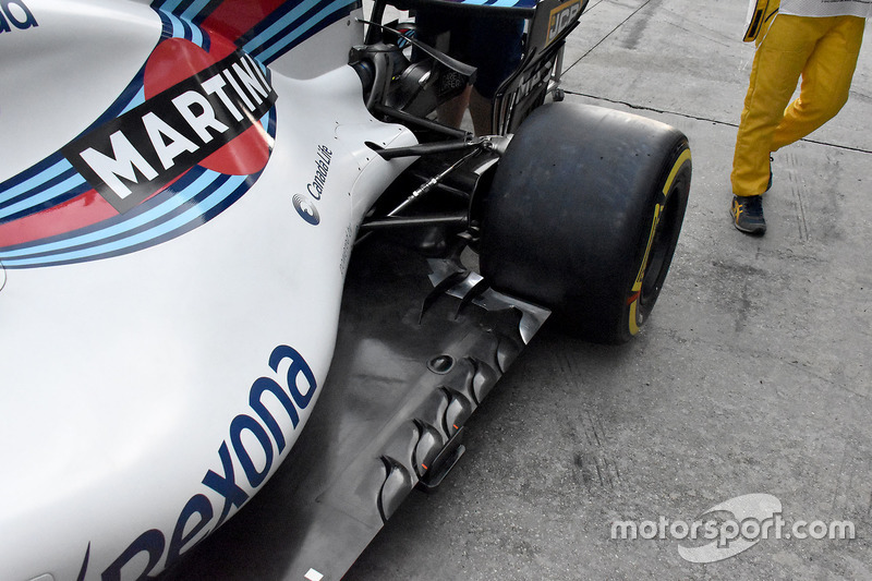 Williams FW40 side detail