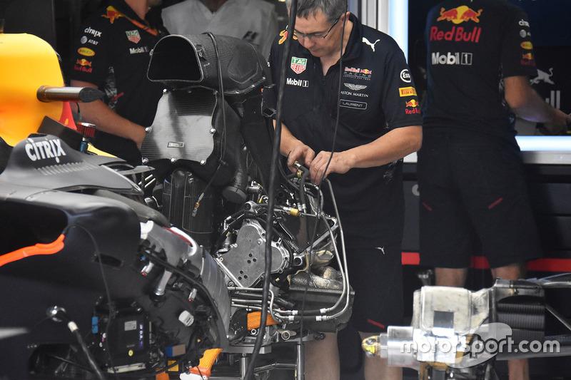 Red Bull Racing RB13 detalle trasero