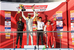 Podium: winner Cooper MacNeil, second place Martin Fuentes, third place Wei Lu