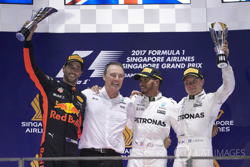 Podium: Second place Daniel Ricciardo, Red Bull Racing, Race winner Lewis Hamilton, Mercedes AMG F1, third place Valtteri Bottas, Mercedes AMG F1