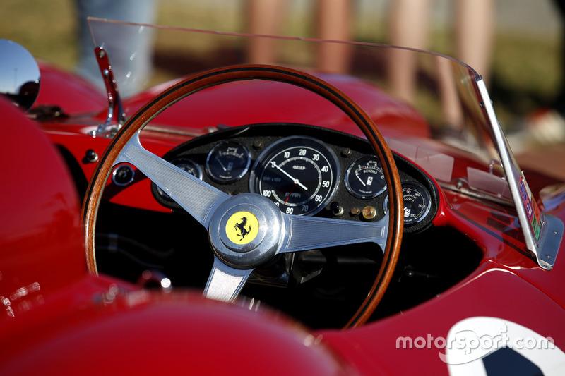 Detail Ferrari Vintage car