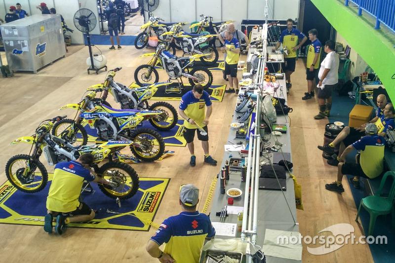 Team Suzuki World MXGP