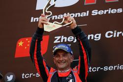 Podium: Race winner Gabriele Tarquini, BRC Racing Team, Hyundai i30 N TCR