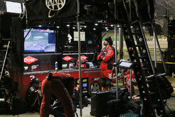 Austin Dillon, Richard Childress Racing Chevrolet Camaro, Pit Crew