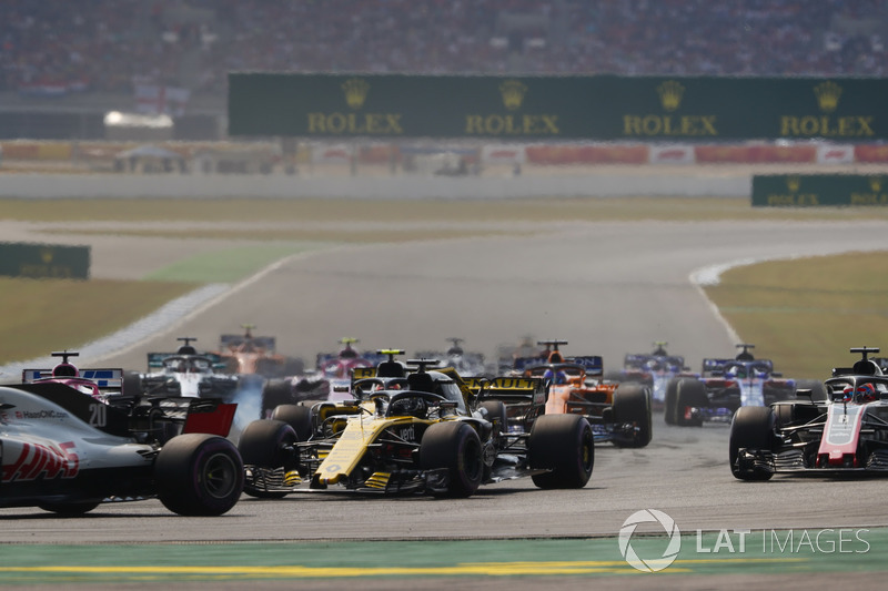 Kevin Magnussen, Haas F1 Team VF-18, Nico Hulkenberg, Renault Sport F1 Team R.S. 18, Romain Grosjean, Haas F1 Team VF-18, Sergio Perez, Force India VJM11, Fernando Alonso, McLaren MCL33