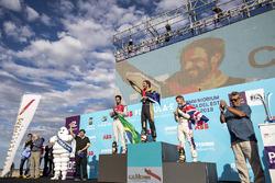 Jean-Eric Vergne, Techeetah, fête sa victoire sur le podium avec Lucas di Grassi, Audi Sport ABT Schaeffler, Sam Bird, DS Virgin Racing