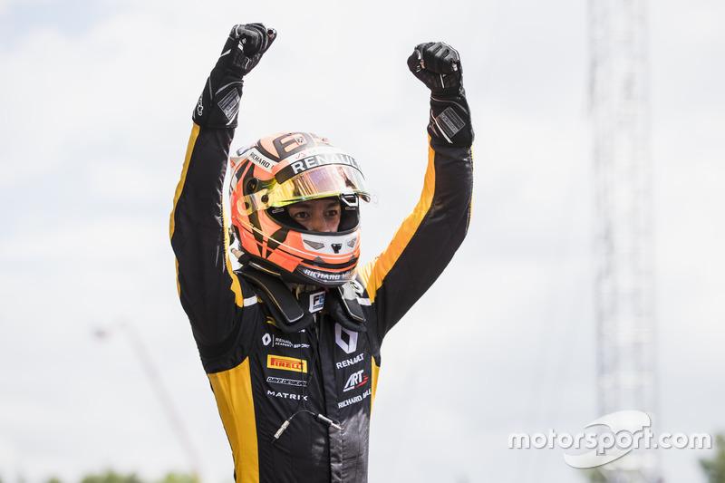 Le rookie Jack Aitken a remporté sa première victoire en Formule 2