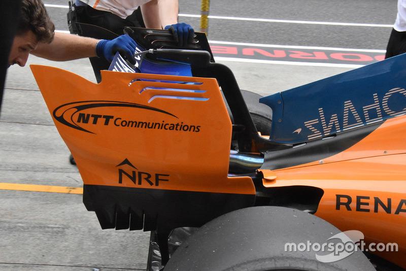Заднее крыло McLaren MCL33