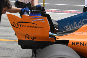 Aileron arrière de la monoplace de Fernando Alonso, McLaren MCL33