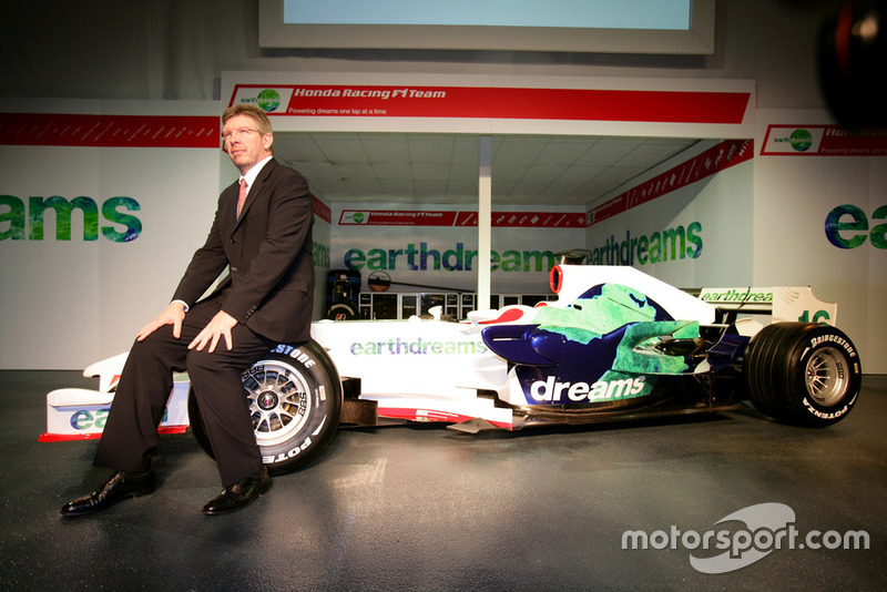 Ross Brawn, team principal, Honda Racing F1 Team, avec la RA108