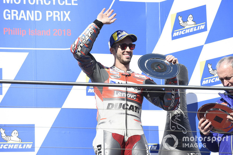 Podio: il terzo classificato Andrea Dovizioso, Ducati Team