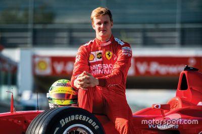 Мик Шумахер за рулем Ferrari F2002