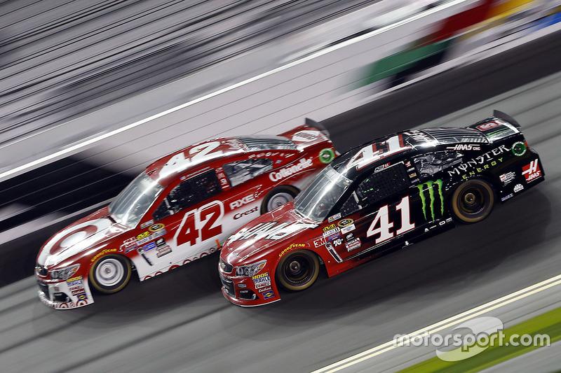 Kurt Busch Stewart Haas Racing Chevrolet Kyle Larson