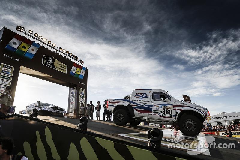 #380 Toyota: Sergei Shikhotarov, Oleg Uperenko