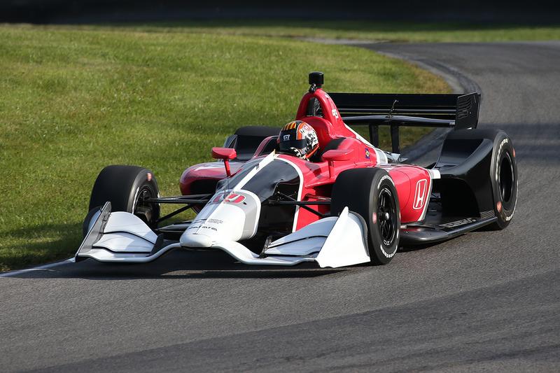 Оріол Сервія випробовує машину 2018 року із двигуном Honda