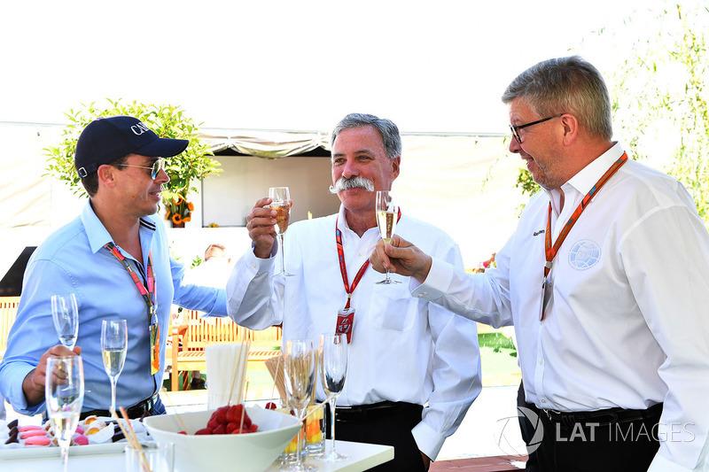 Alex Mea, Chase Carey, Director Ejecutivo y Presidente Ejecutivo de la Formula One Group y Ross Brawn, Formula One Director de Motorsports