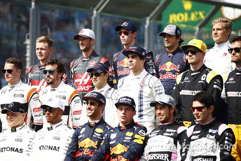 Foto de grupo de pilotos F1 2017