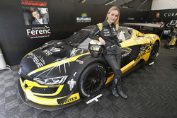 Кармен Хорда в гонке Renault Sport Trophy
