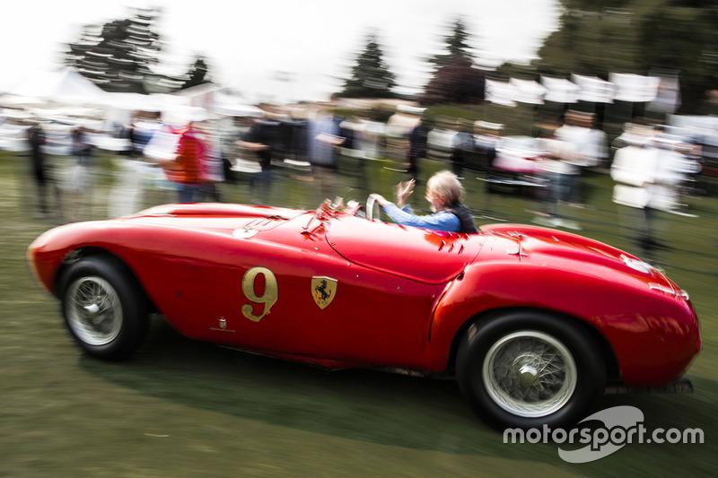 Andreas Mohringer fährt den Ferrari 375 MM Pininfarina Spyder von 1953