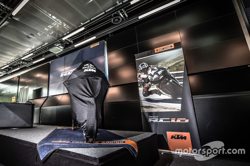 La KTM MotoGP coperta
