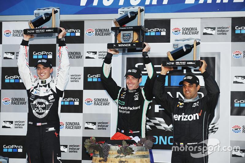 Podium: race winner and 2016 champion Simon Pagenaud, Team Penske Chevrolet, second place Graham Rah