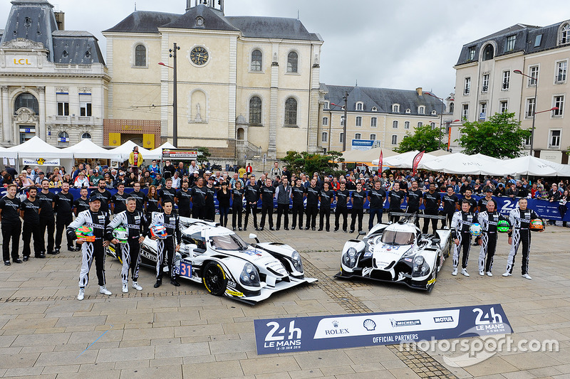 #31 Extreme Speed Motorsports Ligier JS P2 Nissan: Райан Далзіл, Кріс Каммінг, Піпо Дерані, #30 Extreme Speed Motorsports Ligier JS P2 Nissan: Скотт Шарп, Ед Брану, Йоханнес ван Овербек