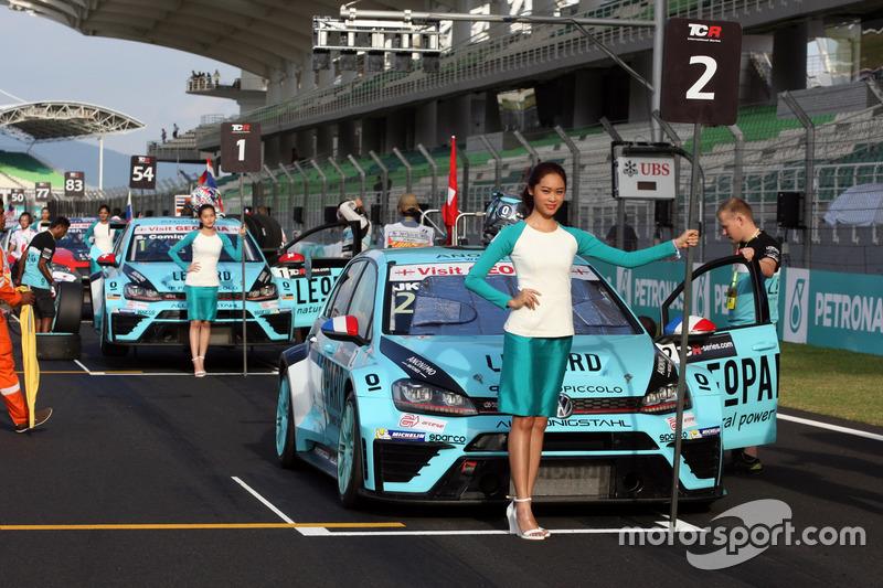 Жан-Карл Верне, Volkswagen Golf GTI TCR Leopard Racing та Стефано Коміні, Volkswagen Golf GTI TCR, Leopard Racing