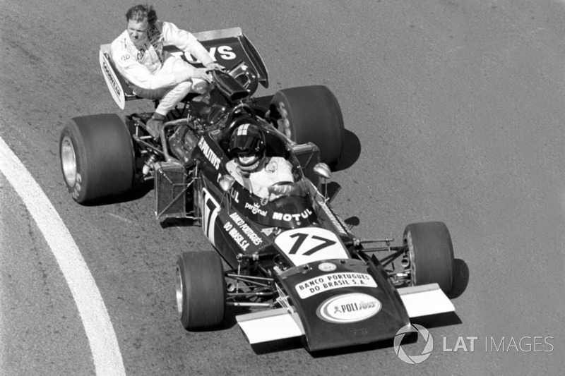 Dijon 1974 : Carlos Pace (Williams) ramène Ronnie Peterson (Tyrrell)