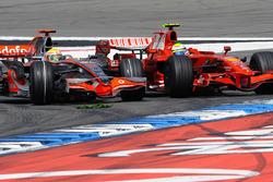 Lewis Hamilton, McLaren MP4-23 Mercedes, passes Felipe Massa, Ferrari F2008