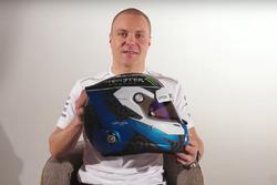 Valtteri Bottas, Mercedes AMG F1, mit seinem neuen Helm