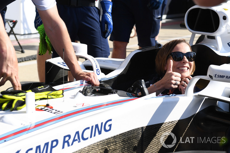 Claire Williams, Vice Team Principal Williams, in una Williams FW41