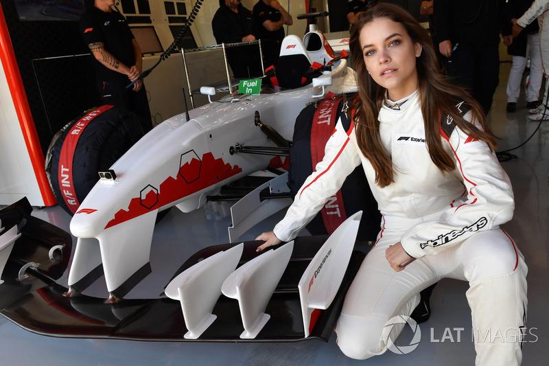 Гран При Испании: топ-модель Барбара Пэлвин