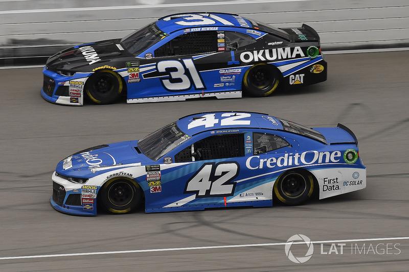 Kyle Larson, Chip Ganassi Racing, Chevrolet Camaro Credit One Bank and Ryan Newman, Richard Childres