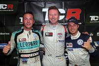Polesitter Gordon Shedden, second place Jean-Karl Vernay, Leopard Racing Team WRT, third place Benjamin Leuchter, West Coast Racing