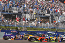 Denny Hamlin, Joe Gibbs Racing Toyota, Martin Truex Jr., Furniture Row Racing Toyota