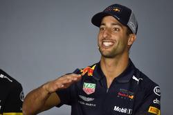 Daniel Ricciardo, Red Bull Racing basın toplantısında