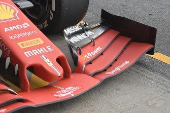 Ferrari : vue détaillée du nez