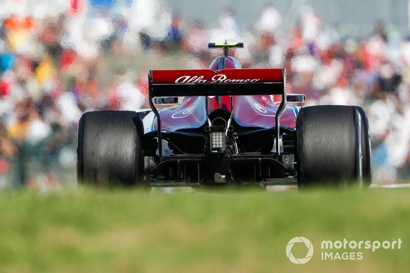 Leclerc moet opgeven met een kapotte Sauber