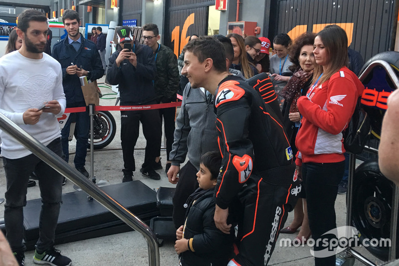 Хорхе Лоренсо, Repsol Honda, з уболівальниками