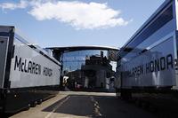 McLaren Honda, Trucks und Motorhome
