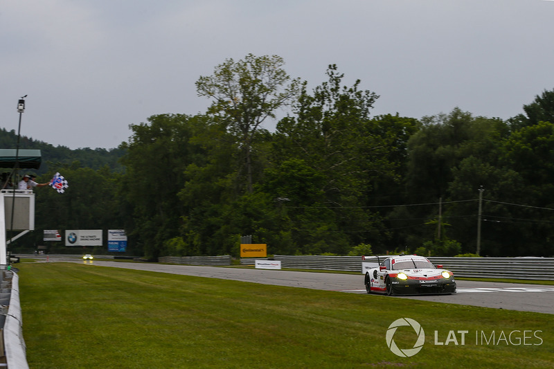 #911 Porsche Team North America Porsche 911 RSR: Patrick Pilet, Dirk Werner, Takes the Checker