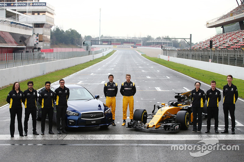 INFINITI Engineering Academy with Nico Hulkenberg and Jolyon Palmer