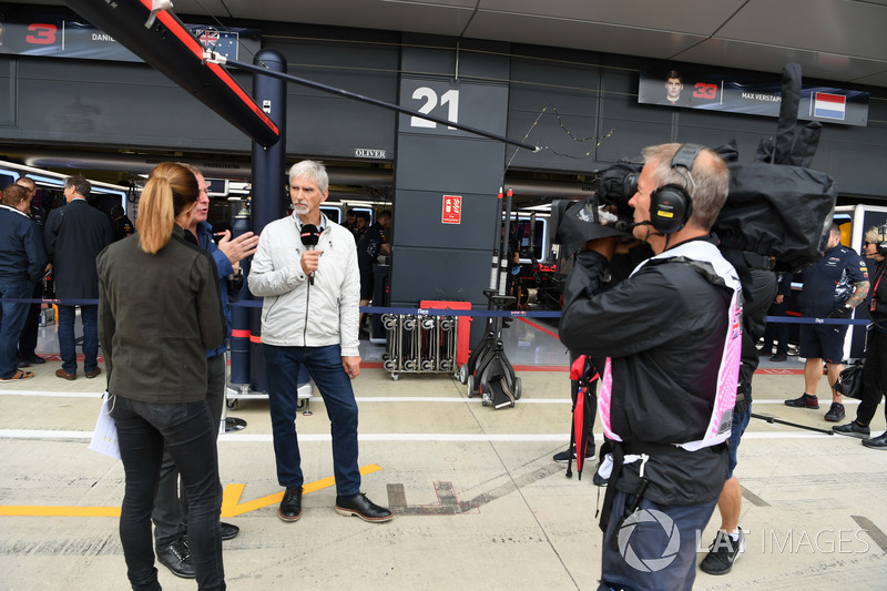 Natalie Pinkham, Sky TV, Martin Brundle, Sky TV y Damon Hill, Sky TV